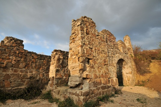 castle-ruins-296199_1280